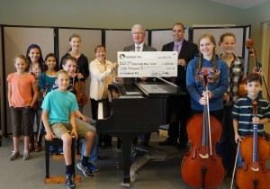 Webster Five Foundation Gives $1,000