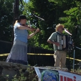 Betsy Bronstein - Sam Politz Playing Cajun Music