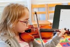 Violin at Pakachoag